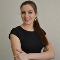 Савенко Карина Игоревна, старший специалист по кадрам
