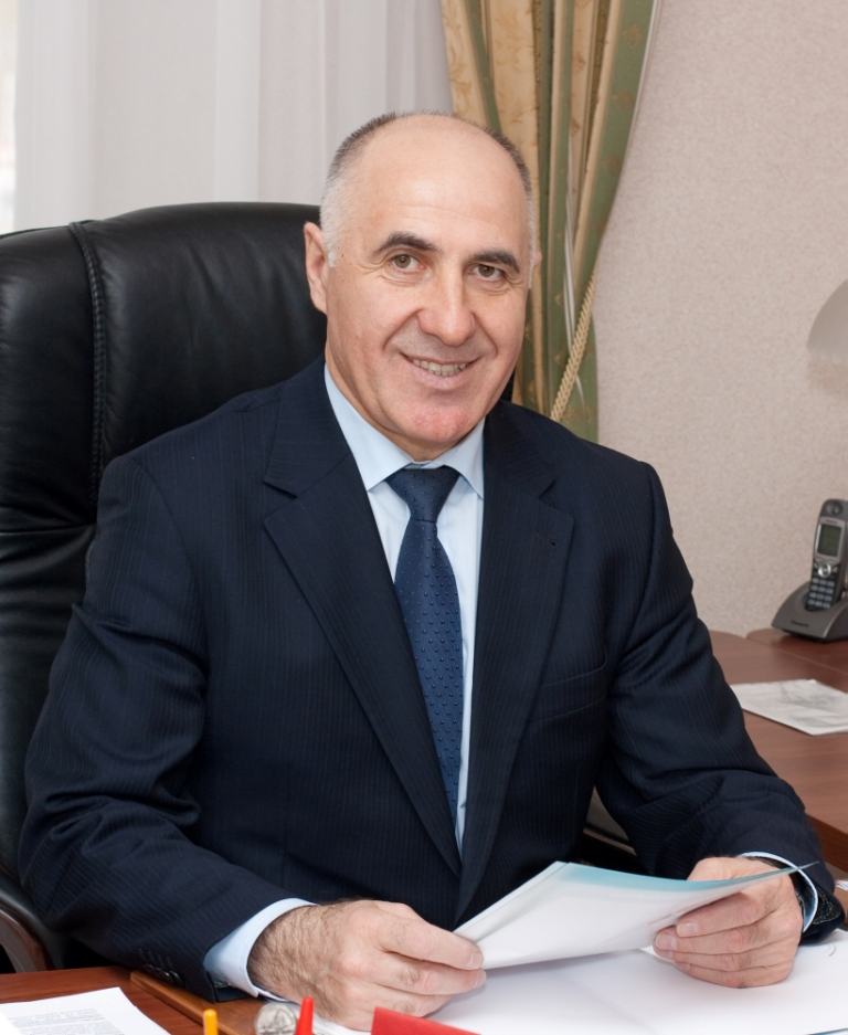 Вышегуров Султан Хаджибикарович