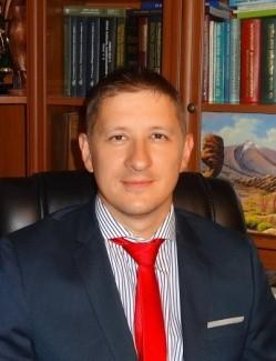 Лисица Валерий Николаевич, доктор юридических наук, заведующий кафедрой Гражданского и гражданского процессуального права