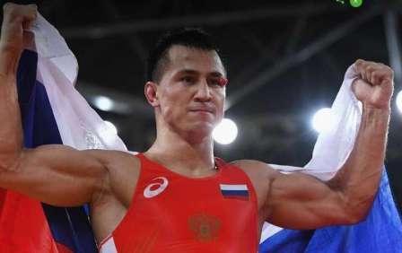 Роман Власов- двукратный олимпийский чемпион- выпускник юридического факультета